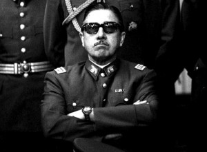 La desestabilización de la ultraderecha a Allende y el experimento de Milton Friedman