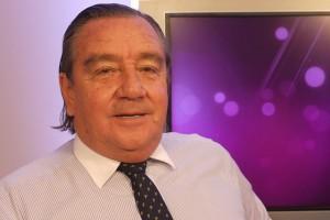 Cristián Labbé utilizó fondos municipales para pagar un inserto de caracter personal en El Mercurio.
