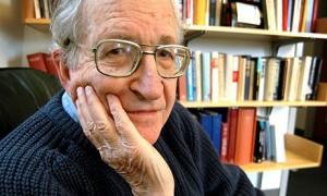 """Noam Chomsky: """"El anarquismo cuestiona la autoridad, la jerarquía y la dominación, todos deberían ser anarquistas"""""""