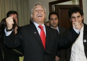 Gobierno presentó apenas un 4% de reajuste a empleados públicos. Piñera a Bachelet le pedía un 10% como mínimo.