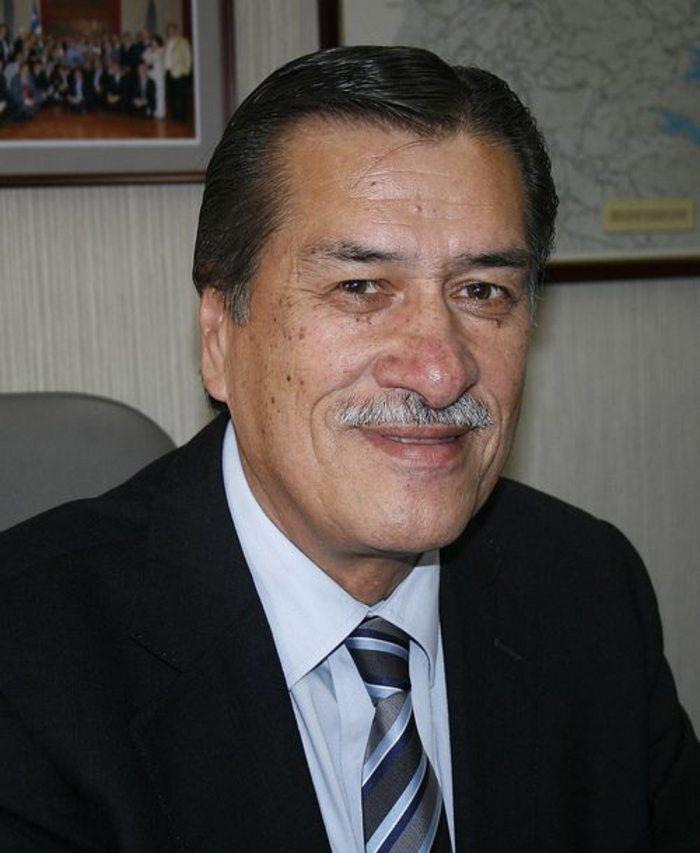 DIPUTADO RADICAL FERNANDO MEZA VENDIDO Y CORRUPTO