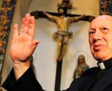 """Ezzati pidió explicaciones por """"trato vejatorio"""" a sacerdotes cuando visitaron a Délano y Lavín en la cárcel"""