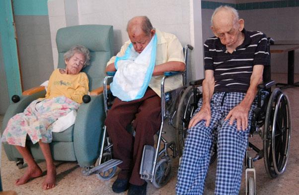 ancianitos pobres