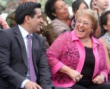 El simpático viaje que Martelli le pagó a Peñailillo a Nueva York previo a la campaña de Bachelet