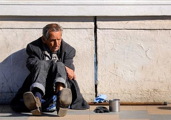 anciano pobre 2