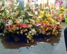 Concejal de la UDI por Rauco entregó corona de flores con propaganda suya en pleno velorio