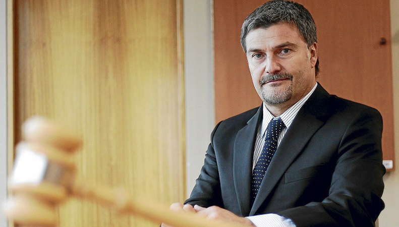 Andrés Mahnke