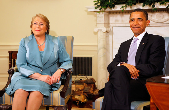 Obama+Meets+President+Chile+Michelle+Bachelet+wqqyp-anShzl