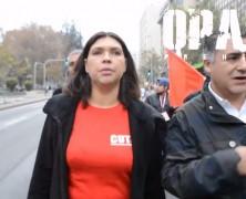 VIDEO: Funan y le lanzan monedas a Bárbara Figueroa por no representar a los trabajadores