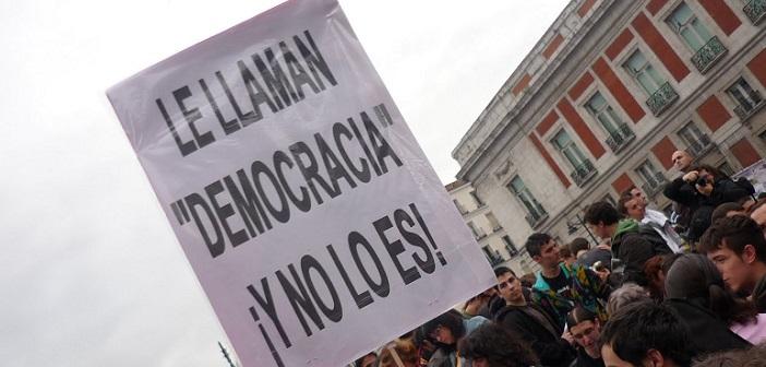 Desesperados: DC presentó proyecto para censurar a quienes llamen a no votar