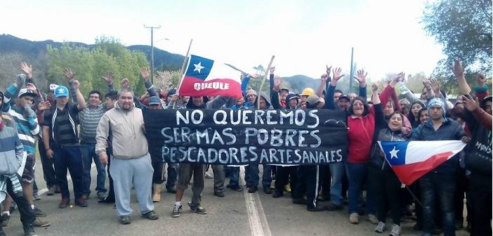 Protesta nacional contra Ley Longueira: La dramática situación que viven los pescadores artesanales