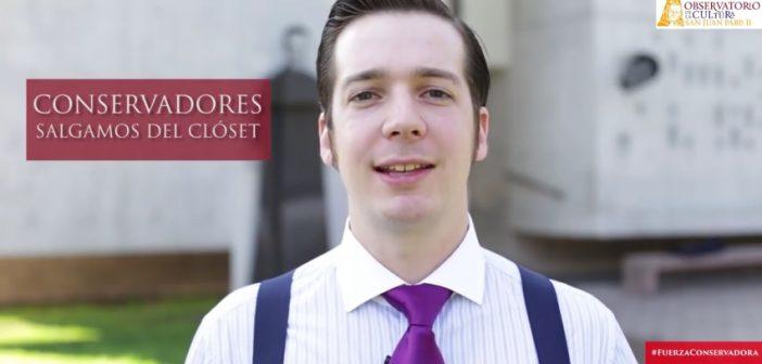 """VIDEO: Henry Boys te invita a su """"particular"""" curso para ser un virgen con suspensores"""