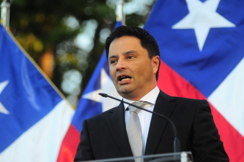 Rodolfo Carter jura como alcalde de Las Florida