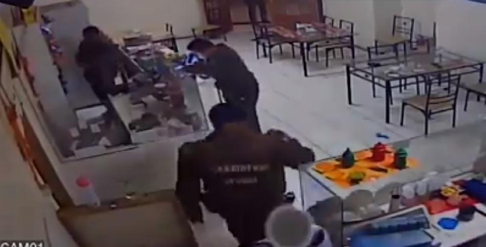 pacos de mierda ladrones 11
