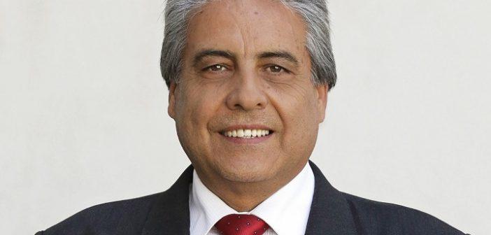 Gobernador RN de Cauquenes, que gana casi 4 millones, dijo que ganaba sólo 400 mil para no pagar pensión alimenticia