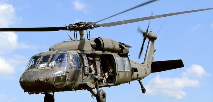helicoptero black hawk