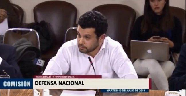 VIDEO: Diputados le dieron cualquier color a Profesor de Derecho por asistir al Congreso sin chaqueta ni corbata