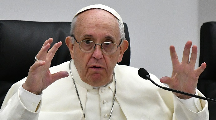 papa francisco diablo