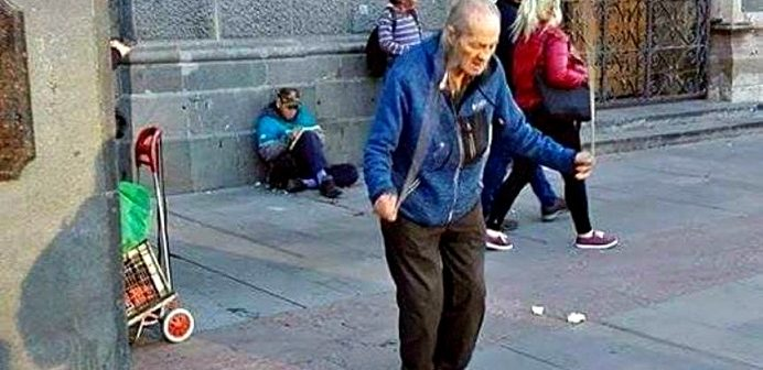 anciano cuerda pais de mierda