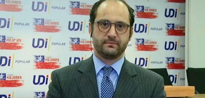 """¿El Diputado UDI Issa Kort es pedófilo? Primero dijo que """"las niñas de 11 años están preparadas para ser madres"""", ahora que los niños """"abusaban de su condición"""""""