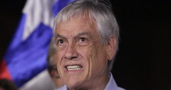 piñera renuncia 44