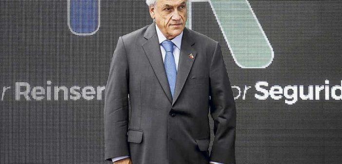 piñera renuncia 50