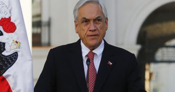 piñera renuncia 79
