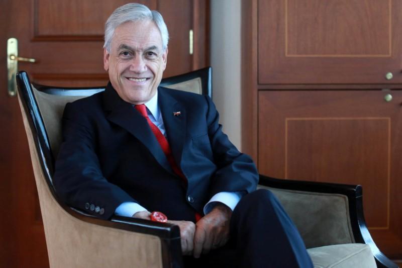 piñera renuncia 135