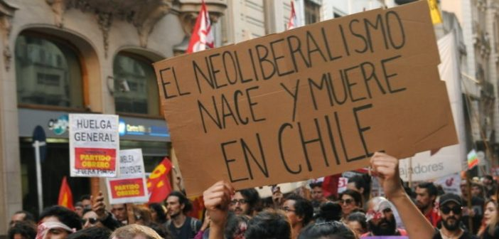 neoliberalismo muere en chile 3a