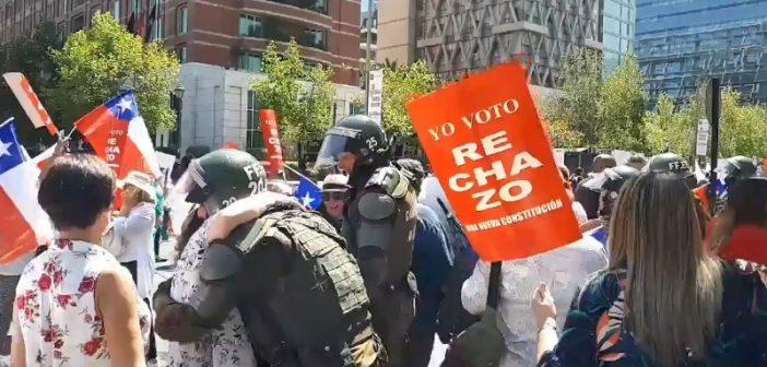 Carabineros es una policía política que sólo existe para atacar al pueblo y defender a los ricos
