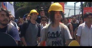 fascistas neonazis protegidos por carabineros1