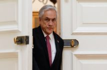 Piñera renuncia 80