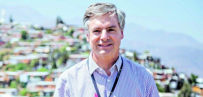La miseria de los cuicos: Alcalde de Lo Barnechea trasladará las familias pobres del Cerro 18 a otras comunas
