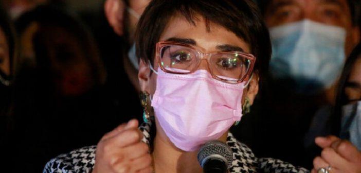 Por eso perdió: Con nula autocrítica Karina Oliva dijo que el pueblo no votó por Claudio Orrego (ganó en 20 comunas)