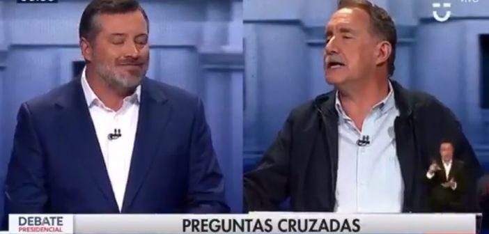 VIDEO: El hermoso momento en que el profesor Artés dejó chiquitito a Sichel exponiendo su falsa independencia