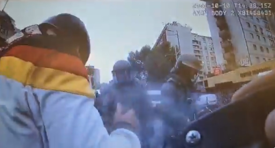 Cámaras Go Pro de Carabineros mostraron que la abogada Denisse Cortés  falleció tras recibir fuegos artificiales disparados por manifestantes